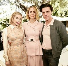 ahs Emma Roberts Ahs, American Horror Story Series, Ahs Cast, Finn Wittrock, Evan Peters, Girl Pictures, Girl Pics, Hot Guys, Celebs