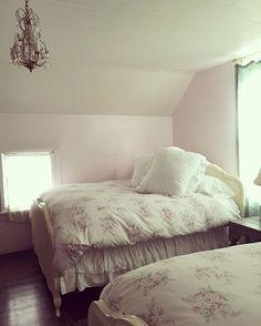 All the beds at the Prarie are so fluffy and comfy!  #theprairiebyrachelashwell  #shabbychic  #rachelashwellshabbychiccouture