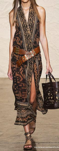 Love this look! Has that boho flair! #dress #styleinspiration #streetstyle