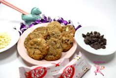 Japanese Strawberry Pocky & Kit Kats flirt with American Chocolate Chip Cookies* NinjaBaking.com *  #Pocky