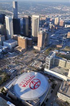 Houston, TX, Toyota Center, home of Houston Rockets basketball. Houston Rockets Basketball, Basketball Games, Basketball Court, Houston Aeros, Toyota Center, Men's Fashion, H Town, Texas Homes, Moda Masculina