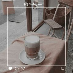 Imagem de aesthetic, brown, and coffee Skam Aesthetic, Brown Aesthetic, Japanese Aesthetic, Aesthetic Images, Aesthetic Photo, Iphone Wallpaper Tumblr Aesthetic, Aesthetic Wallpapers, Aesthetic Backgrounds, Instagram Frame Template