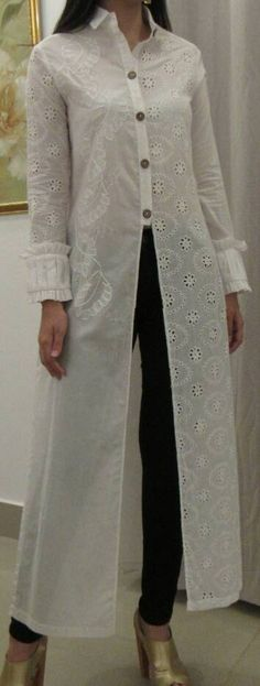 CONJUNTOS Y VESTIDOS - PRIMAVERAL Bordados y Accesorios Fashion 2020, Look Fashion, 70s Fashion, Winter Fashion, Kerala Saree Blouse Designs, Mode Kimono, Dress Over Pants, Kurta Designs Women, Clothing Hacks