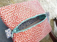 You know the feeling you get when you finish a project you've been lusting after for a long time and it actually came out the way you envi. Large Cosmetic Bag, Coin Purse, Cosmetics, Quilts, Purses, Wallet, Sewing, Life, Crafts