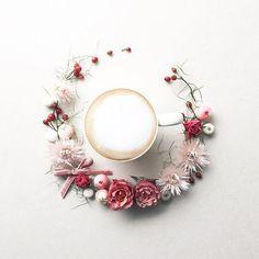 2017.1.20 Happy Flower Friday Let's take a coffee break☕️ . . . . . 皆様、素敵な花金(死語?)を お過ごし下さいね . . . . #花のある生活#コーヒー#バラ