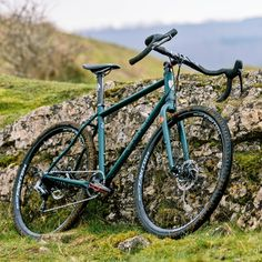 As a beginner mountain cyclist, it is quite natural for you to get a bit overloaded with all the mtb devices that you see in a bike shop or shop. There are numerous types of mountain bike accessori… Hardtail Mountain Bike, Mountain Bike Shoes, Mountain Biking, Mtb, Road Bike Women, Bicycle Maintenance, Cool Bike Accessories, Bike Seat, Cycling Bikes