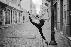 Katie B - San Telmo, Buenos Aires Ballerina Project Dance Photo Shoot, Dance Photos, Dance Pictures, Dance It Out, Just Dance, Gymnastics Images, Contemporary Jazz, Bust A Move, Ballerina Project
