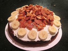 OMG, banana pudding cake.  Pretty sure I would like this soooo much more than actual banana pudding.