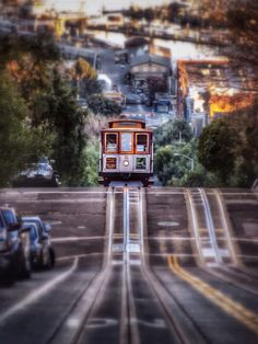 Photo Hyde St. Cable Car by T. Malachi Dunworth  on 500px