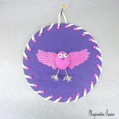 Tableau oiseau-chouette soie fuchsia 3d fond violet - Un grand marché Fuchsia, Christmas Ornaments, Holiday Decor, 3d, Place, Dimensions, French, Home Decor, Unique