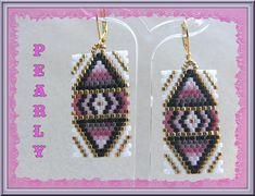 Aztec Earrings, Beaded Earrings Patterns, Peyote Patterns, Small Earrings, Seed Bead Earrings, Diy Earrings, Beading Patterns, Native Beadwork, Native American Beadwork