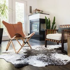 Alexander Home Rawhide Ivory/ Charcoal Rug