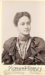 The exquisite,  beautiful, tragic Princess Kaiulani of Hawaii who died at  23. What a combination of beauty, intelligence, and sensitivity.