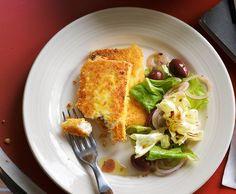 Knuspriger Feta mit Salat