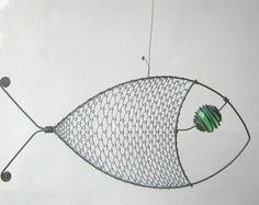 Draht-Skulptur / grün - gemustert Fisch
