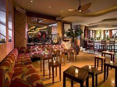 GLORIA ESTEFAN'S Larios on the Beach - SOUTH BEACH, FLORIDA Lounge area