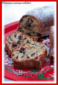 Leivoin jouluksi karpalo-suklaakakun, jonka ohjeen löysin Rakkaudesta ruokaan -blogista . Resepti on peräisin viime vuoden Koti ja keitti...