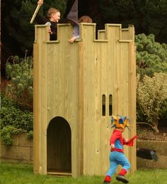 3-wooden-castle-playhouses-for-kids