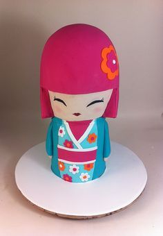 Kimmidoll Cake by phillipascakes, via Flickr.  This was a course I did last week at Planet Cake.  She was absolutely huge and feed 120 people!