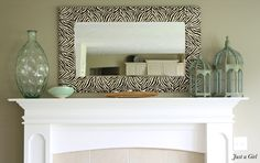 I've been spotting some fantastic DIY vanity mirror recently. Here are 17 ideas of DIY vanity mirror to beautify your room Diy Furniture, Diy Mirror, Diy Vanity Mirror, Home Decor, Beautiful Mirrors, Mirror Frame Diy, Mirror Decor, Home Diy, Diy Vanity