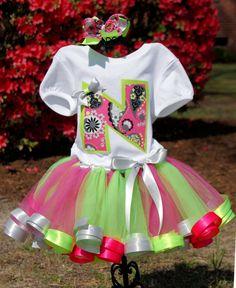 awww...Wish my kids were still little enough to wear this...LOVE!