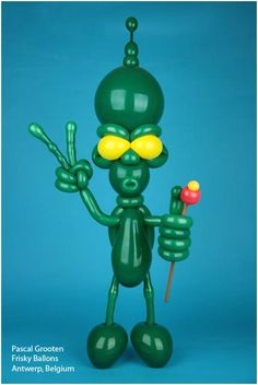 We love this alien character designed by Pascal Grooten. He uses Qualatex Quick Links - creativity is unlimited!