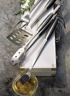 Every dad needs a beautiful bbq tool set