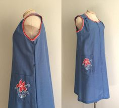 Vintage 1970s Chambray Dress / 60s 70s Floral Embroidered Pocket Dress - Extra Large