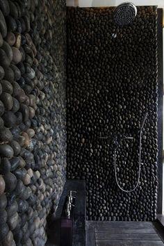 River rock shower- cool for outdoor shower Custom Shower, Shower Remodel, Remodel Bathroom, Interior Exterior, Interior Ideas, Interior Design, Stone Interior, Interior Inspiration, Beautiful Bathrooms