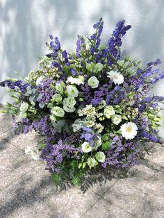 Bouquet decoratif flou réalisé en démonstration par formateur.CFA Blagnac (France).