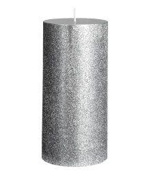 Ett stort blockljus i paraffin och vax med glittrig yta. Diameter 7 cm, höjd 15 cm. Brinntid 45 timmar.