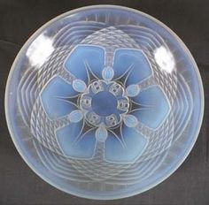 Sabino? Verlys? French Art Glass Opalescent Bowl