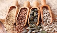 Edible seeds add more than just texture and flavor to foods. But its not just the only reason to eat them. Seeds naturally contain fiber, healthy fats and even Sunflower Seeds Nutrition, Seed Cycling, Detox Kur, Roasted Pumpkin Seeds, Healthy Seeds, Good Fats, Natural Cures, Healthy Fats, Superfoods