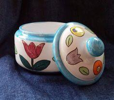 SolArt ceramiche artistiche di Ivana e Caterina:  biscottiera decoro a mano