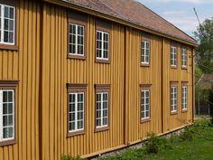 Trønderlån. Room for a large family! From Trøndelag now moved to Norsk Folkemuseum, Bygdøy, Oslo