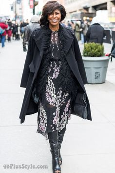 Streetstyle: playing with layers and texture | 40plusstyle.com