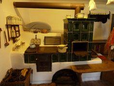 Old Kitchen, Kitchen Decor, Classic Fireplace, Liquor Cabinet, Corner Desk, Tiny House, Modern Design, Pergola, Stoves