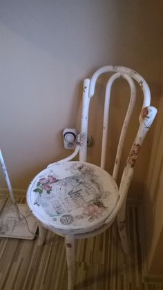 old chair thonet in shabby style