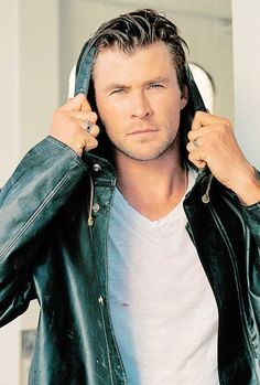 ~~#ChrisHemsworth ~ source: simplychrishemsworth.tumblr.com~~