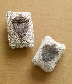 Try this knit Felted Soap Cozy with an adorable acorn for fall!