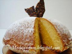 """Ecco un'altra ricetta dal corso di """"Pasticceria da forno e torte da credenza"""" di Leonardo Di Carlo . E' una torta molto profumata, dalla s..."""