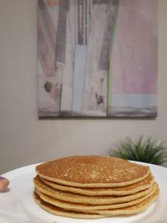int én az első próbálkozásomkor: a teteje még folyós, amikor az alja már majdnem odakapott. Pancakes, Breakfast, Recipes, Food, Morning Coffee, Essen, Pancake, Meals, Eten