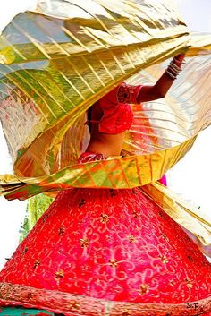 The wonderful colours of India We Are The World, People Of The World, India Colors, Colours, Belly Dancing Classes, Amazing India, Photo Portrait, World Cultures, Belle Photo