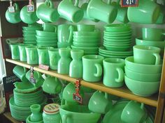 jadeite - love this stuff, classic and cool