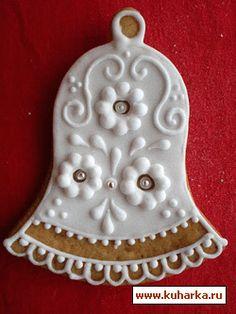 Пряничные домики в пряничной стране Bolacha Cookies, Christmas Cookies, Christmas Ornaments, Cut Out Cookies, Cookie Designs, Polymer Clay Crafts, Royal Icing, Cookie Decorating, Gingerbread