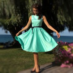 Audrey Hepburn Classic Vintage Inspired Style Dress in Mint Green – Vintagevolution