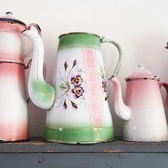 Emaille enamel enamelware pink