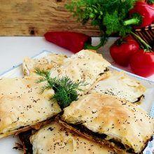 Plăcintă cu spanac și ciuperci (de post) Stevia, Potato Salad, Picnic, Potatoes, Meat, Chicken, Ethnic Recipes, Food, Red Peppers