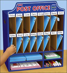 Collecting and Distributing Developmentally Appropriate Classroom Post Office - One of our classroom jobs is the letter carrier. The students ADORE receiving mail. You could also use this to return work. Classroom Jobs, Classroom Displays, Future Classroom, Classroom Organization, Classroom Mailboxes, Dramatic Play Area, Dramatic Play Centers, Preschool Dramatic Play, Role Play Areas