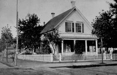 SW Fourth and Alder, 1880